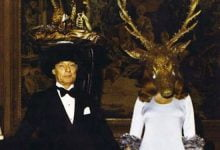 17 Genuinely Creepy Photos From A 1972 Rothschild Dinner Party