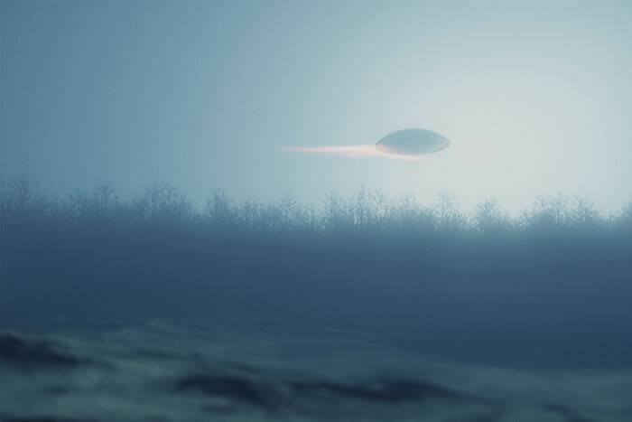 """Insiders Reveal Government UFO Report Doesn't Say """"It's Aliens"""" But Doesn't Say It Isn't"""