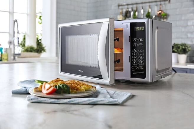 Are Microwaves Dangerous Ro Your Health?