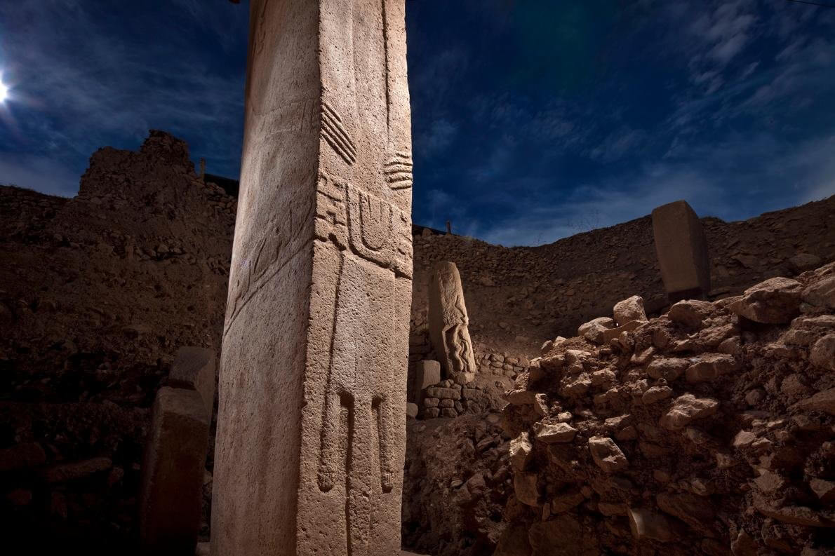 T-shaped pillars at Gobekli Tepe are carved with stylized hands, belts and loincloths.